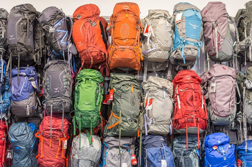 Latest Study Reveals How Backpacks Can Contribute to Back Pain – How to Prevent It