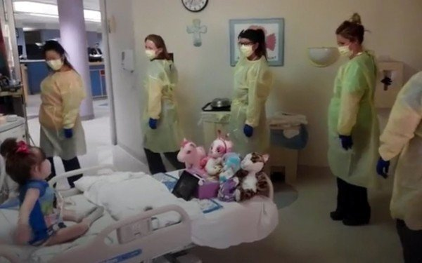 3-Stories-Of-Dedicated-Nurses-Guaranteed-To-Warm-Your-Heart-600x375