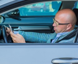 April Is National Distracted Driving Month – 4 Scary Facts About Distracted Driving