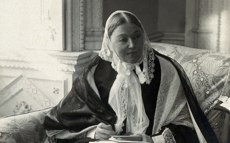 Florence_Nightingale._Photograph_by_Millbourn