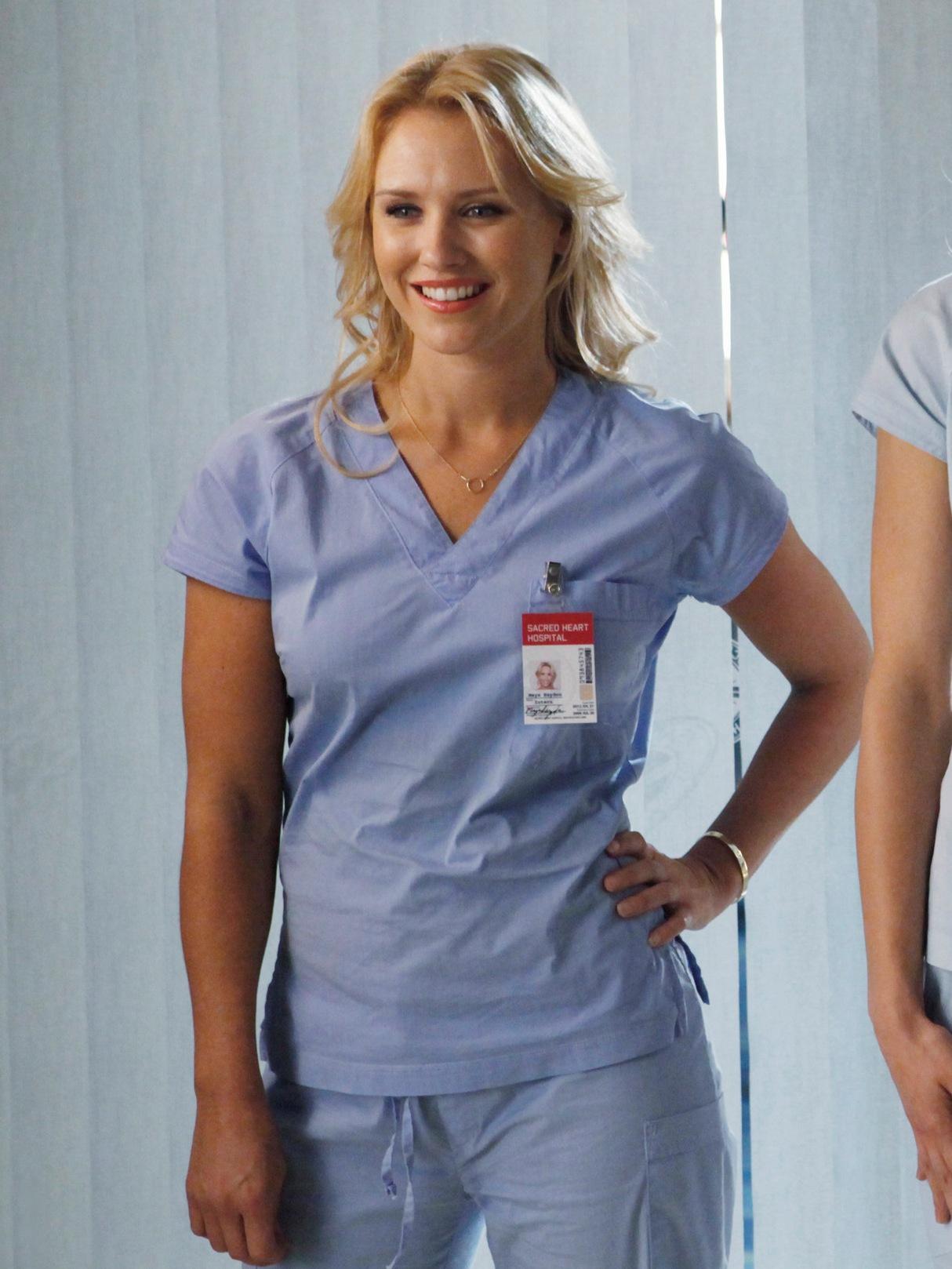 Nicky Whelan in Scrubs