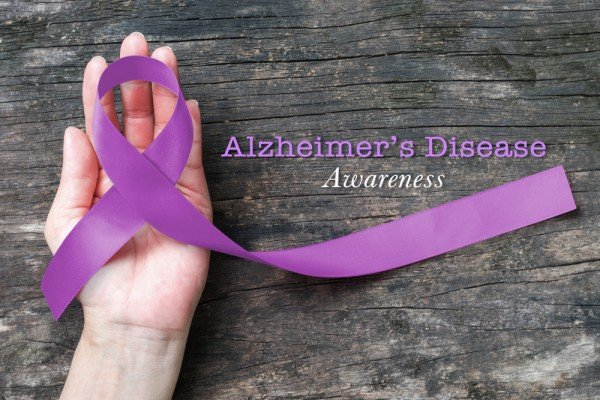 National Alzheimer's & Brain Awareness Month – 5 Ways To Keep Your Brain Healthy!