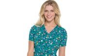 Dressing for your body type: 5 fall scrubs for V-shaped nurses
