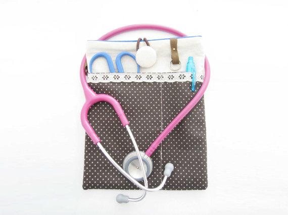 nurse pouch
