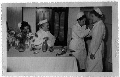 nurse-table