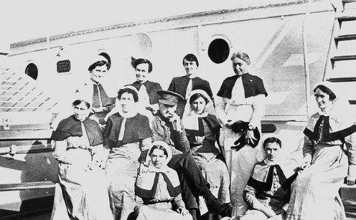 ship-nurses