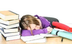 tired-nursing-student
